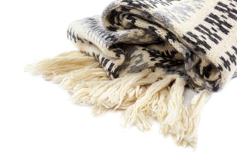 Motley связанный шарфом на белой предпосылке стоковая фотография rf