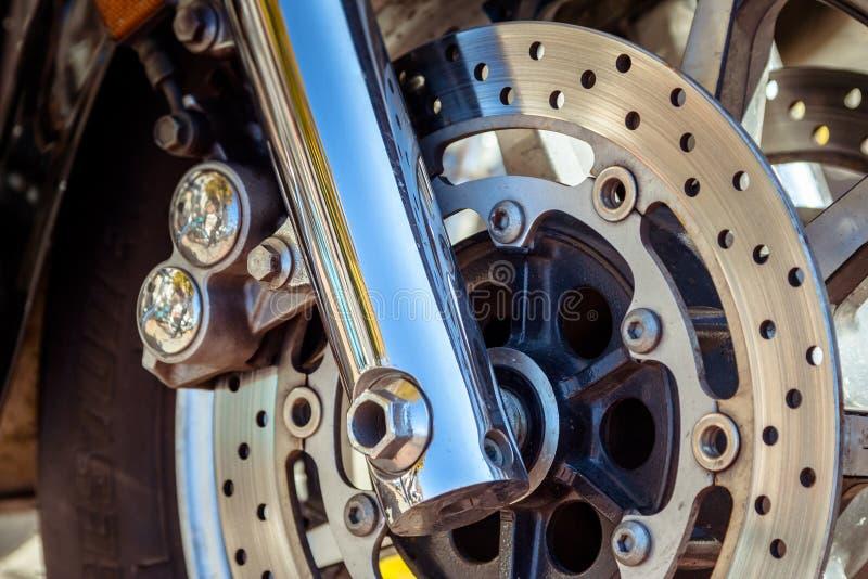 Moto à la fermeture de ressort de la saison de moto photo stock