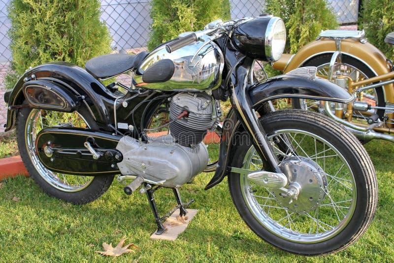 moto antique de nsu photo stock image du stationn 17808388. Black Bedroom Furniture Sets. Home Design Ideas