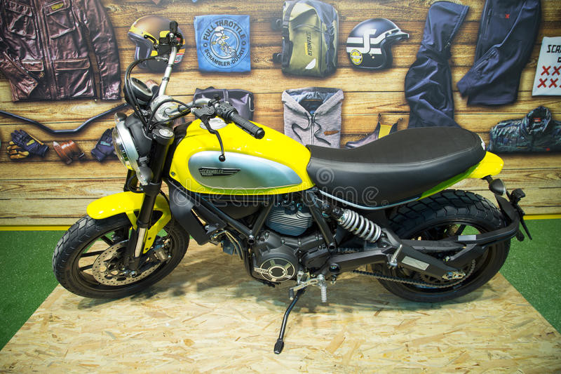 Moto de brouilleur de Ducati sur l'affichage à l'expo de motobike de l'Eurasie, expo du CNR à Istanbul, Turquie images stock