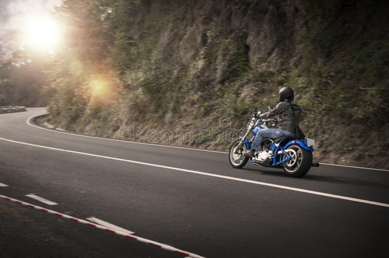 Moto faite sur commande Harley Davidson de couperet photographie stock libre de droits