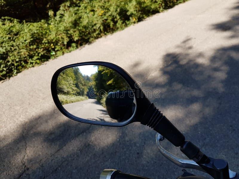Moto-Spiegel lizenzfreie stockfotografie