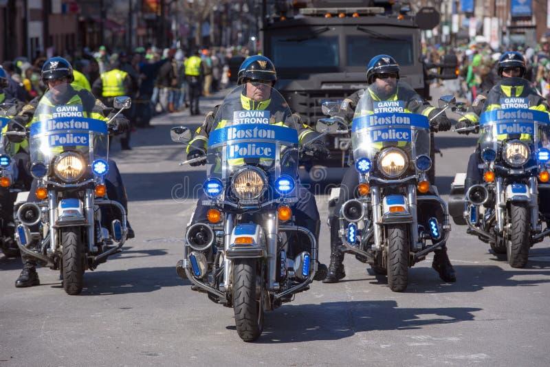 Motocicleta da polícia em St Patrick ' parada Boston do dia de s, EUA foto de stock royalty free