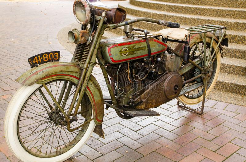 Motocicleta de Harley Davidson del vintage en el salón del automóvil clásico el día de Australia foto de archivo
