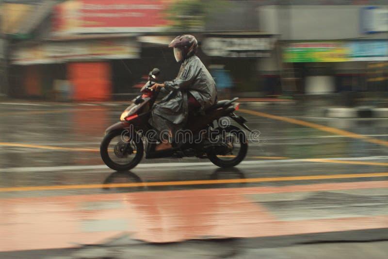 Motocicleta de la toma panorámica foto de archivo libre de regalías