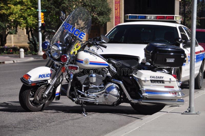Motocicleta y crucero de la policía fotos de archivo