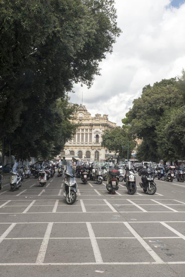 Download Motocicletas en Génova imagen editorial. Imagen de configuración - 44855470