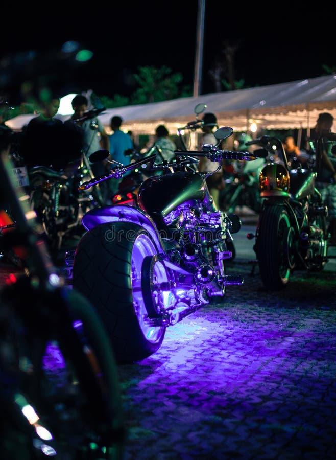 Motocicletas exhibidas en la demostración de la motocicleta fotografía de archivo libre de regalías