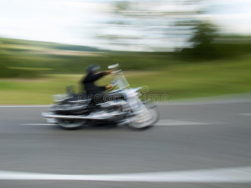 Motociclista, tomado com borrão de movimento 1 imagem de stock royalty free