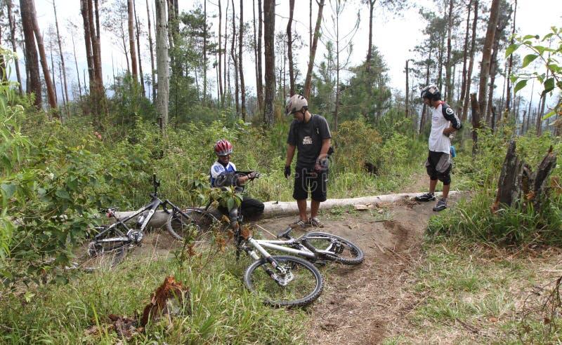 Motociclistas da montanha foto de stock