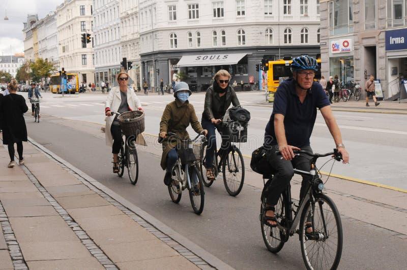 motociclisti femminili immagine stock libera da diritti