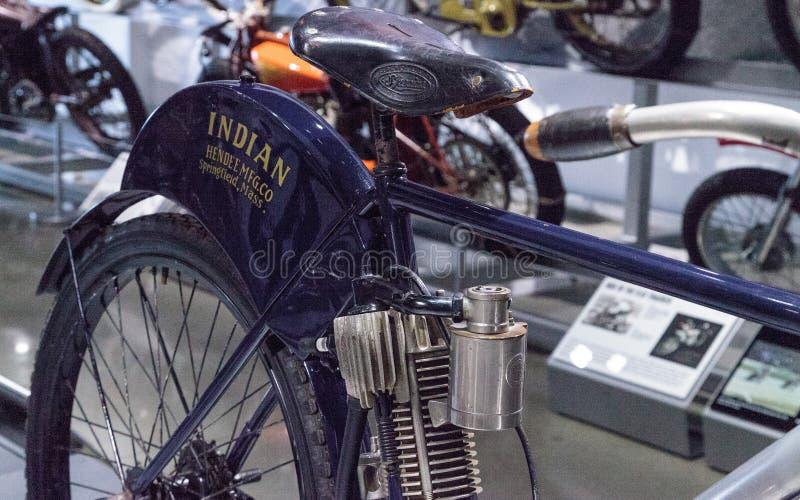 Motociclo del Camelback dell'indiano dei blu navy 1902 fotografia stock libera da diritti