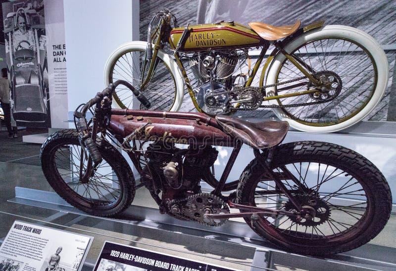 Motociclo indiano del corridore della pista del bordo di rosso 1912 arrugginiti fotografia stock libera da diritti