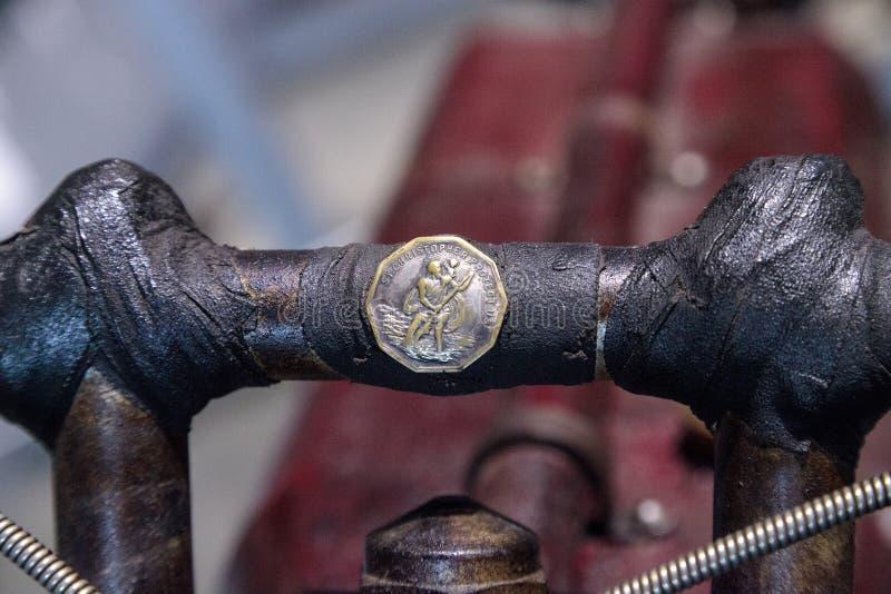 Motociclo indiano del corridore della pista del bordo di rosso 1912 arrugginiti fotografia stock