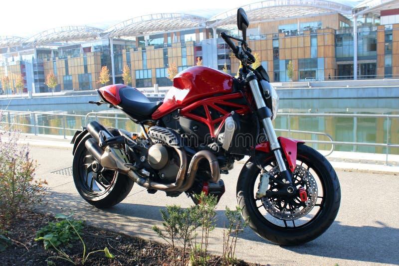 Motociclo rosso di sport fotografia stock libera da diritti