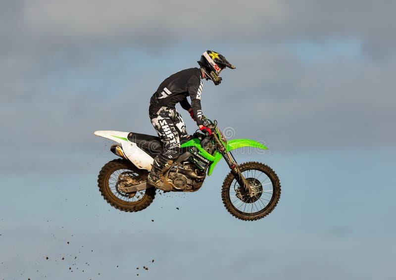 Motocross практикует участника в MX Tain, Шотландии. стоковые изображения