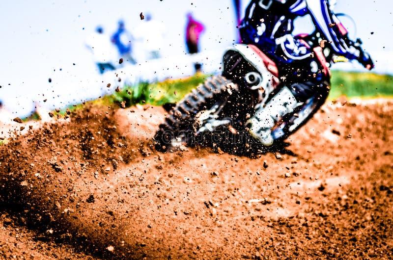 Motocross-Rennschmutz-Rückstand lizenzfreie stockfotografie