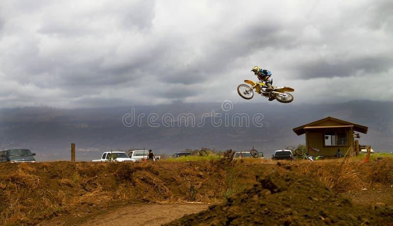 Motocross-Verstümmelung lizenzfreie stockbilder