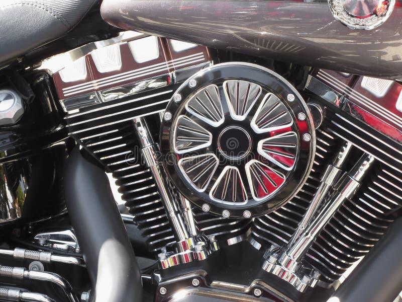 Motocykl chromujący parowozowy zbliżenie szczegółu tło obraz royalty free