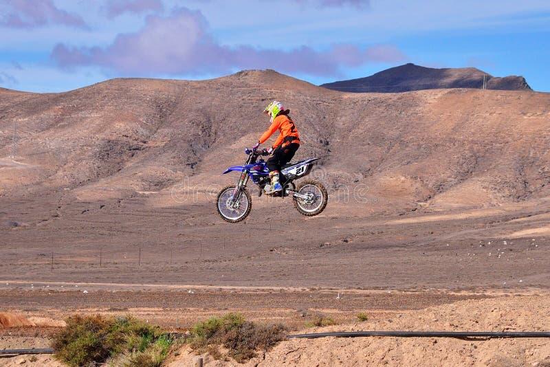 Motocykl na drodze obrazy stock