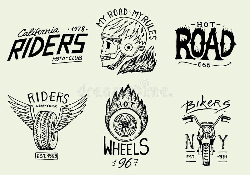 Motocykle i rowerzystów świetlicowi szablony Rocznik czaszki obyczajowi emblematy, etykietek odznaki dla t koszula Monochromatycz ilustracja wektor