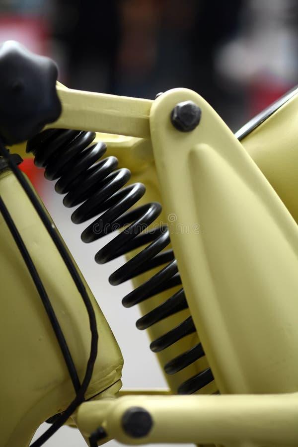 Download Motocyklu zawieszenie zdjęcie stock. Obraz złożonej z elastyczny - 53778490