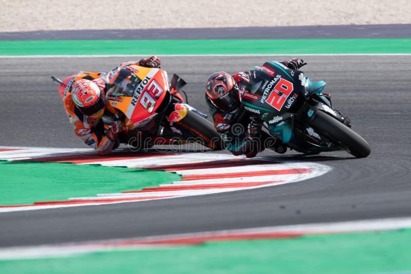 MotoGP VM i söndags Vapen och kapplöpning efter San Marinos och Riminis rörelser royaltyfria foton