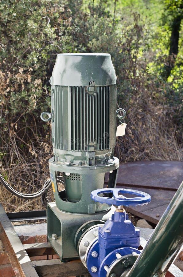 Download Motor foto de stock. Imagem de parte, bomba, motor, seca - 26507130