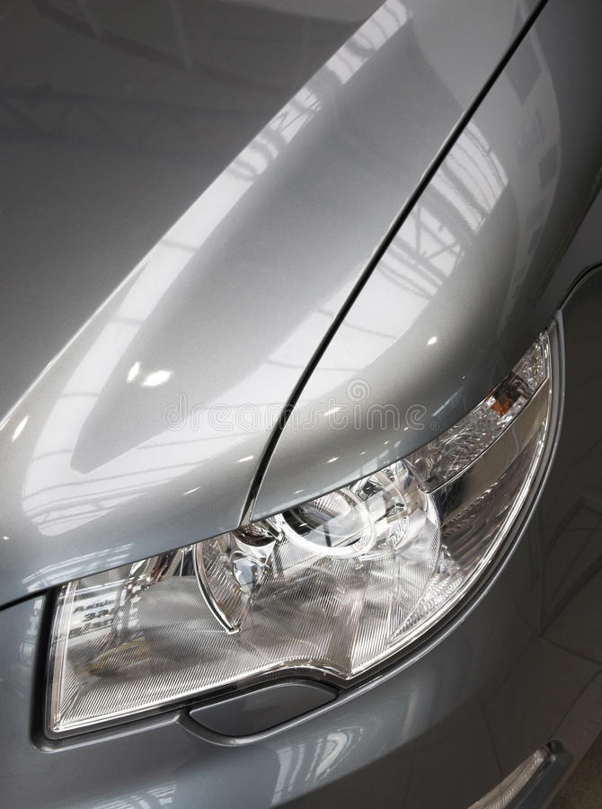 Download Motor-car Headlight And Grate Of Radiator Stock Photo - Image: 22499728