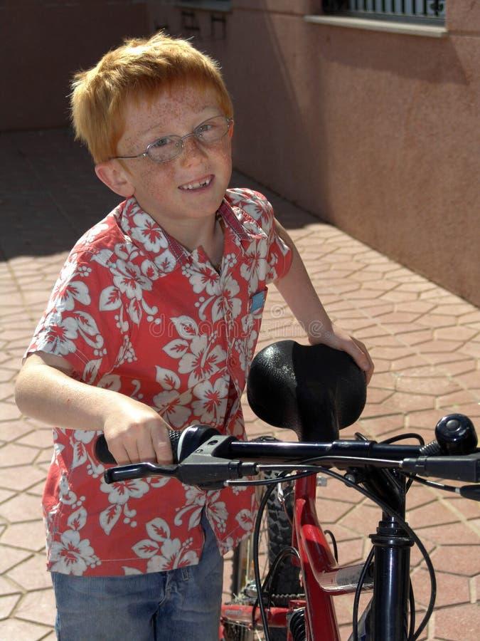 motor chłopcy się uśmiecha zdjęcia royalty free