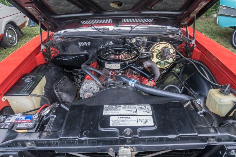 Motor conversível personalizado Buick Skylark 1971 fotografia de stock royalty free