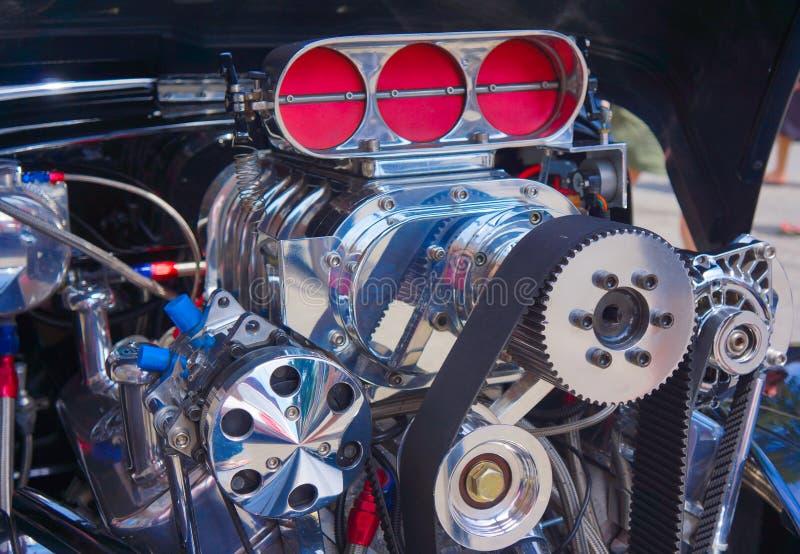 Motor de automóveis clássico do músculo na exposição fotografia de stock royalty free
