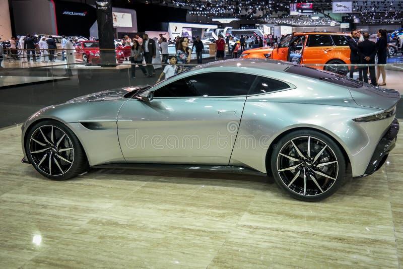 Motor de Dubai, esquina de Aston Martin que exhibe sus nuevos coches fotos de archivo libres de regalías