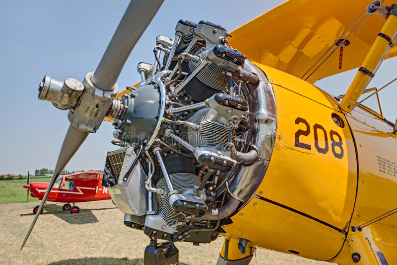 Motor de Jacobs de un modelo 75 de Boeing Stearman del biplano del vintage fotografía de archivo