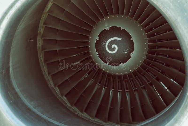 Motor de jato dos aviões com lâminas de turbina 4 fotografia de stock royalty free