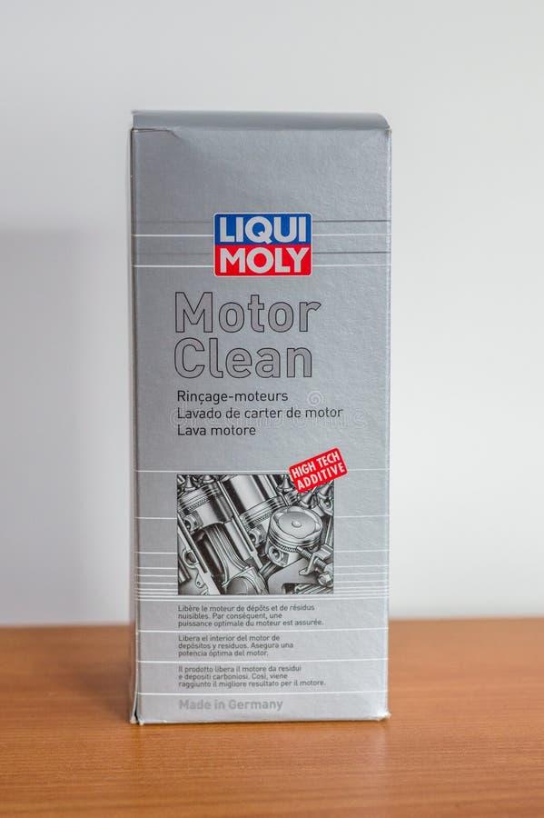 Motor de Liqui Moly limpio fotografía de archivo