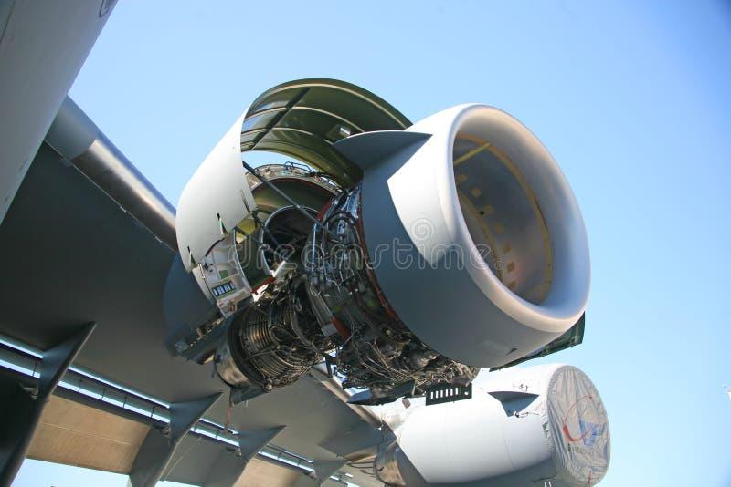 Motor de los aviones militares C-17 fotografía de archivo