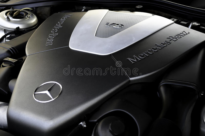 Motor de Mercedes-Benz V8 imagem de stock royalty free