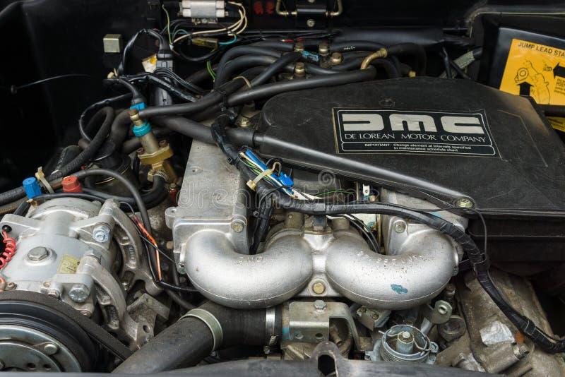 Motor de un coche de deportes DeLorean DMC-12 foto de archivo libre de regalías