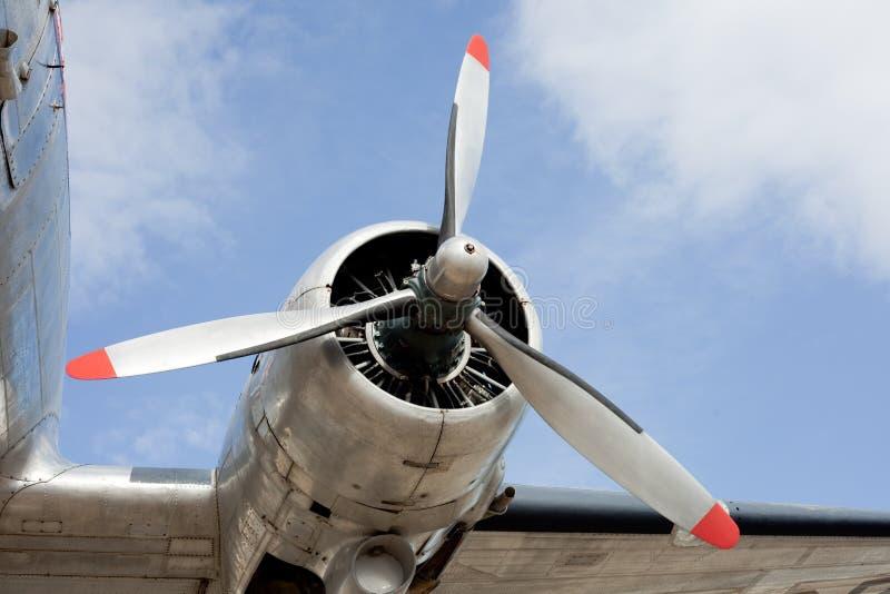 Motor del propulsor del aeroplano DC-3 de la vendimia fotografía de archivo