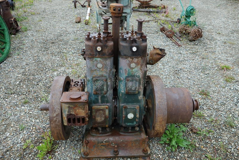 Motor diesel antigo usado para ajudar a cortar o jade imagem de stock royalty free