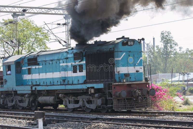 Motor diesel do trem imagem de stock