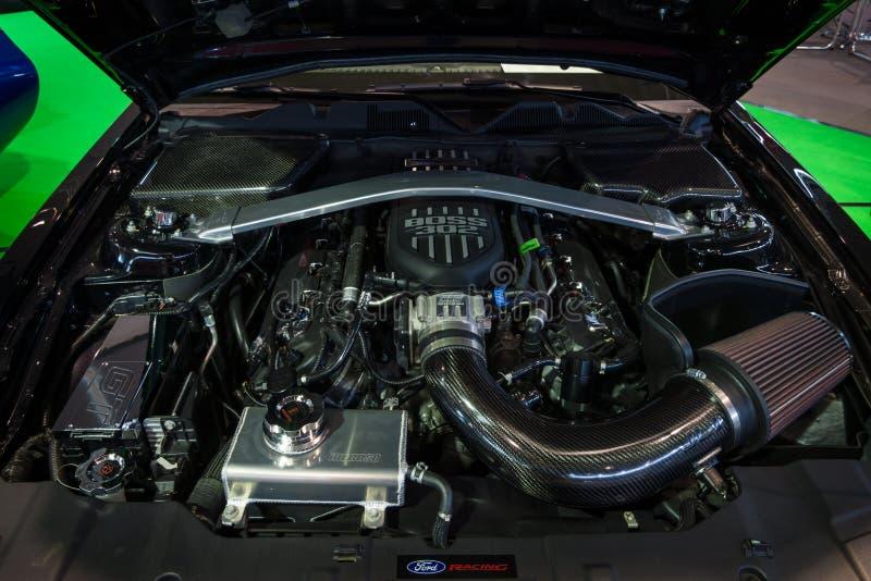 Motor do ` U do guerreiro do ` de Ford Mustang GT S Edição especial do exército, 2014 foto de stock royalty free