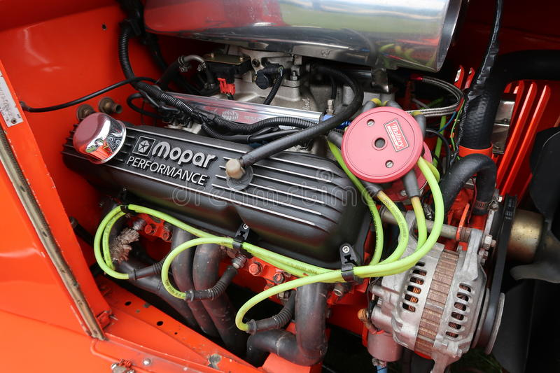 Motor feito sob encomenda de Mopar imagens de stock royalty free