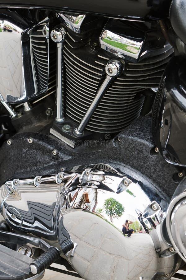 Motor poderoso cromado da motocicleta do motor foto de stock