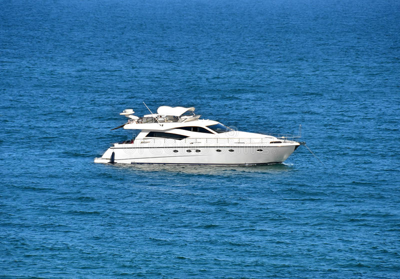 Download Motor Yacht Royalty Free Stock Photo - Image: 25368165