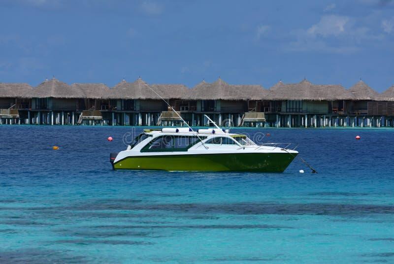 Motorboot in de Maldiven stock fotografie