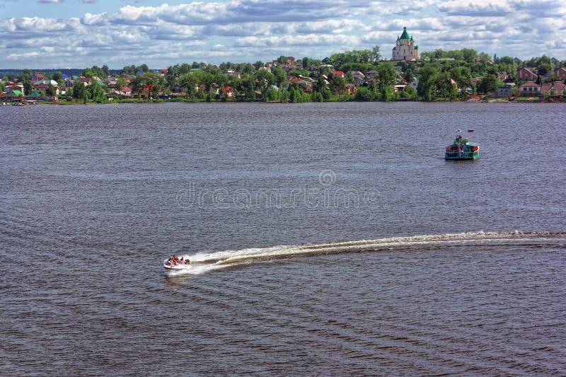 motorboot, foto van een hoogte stock afbeeldingen