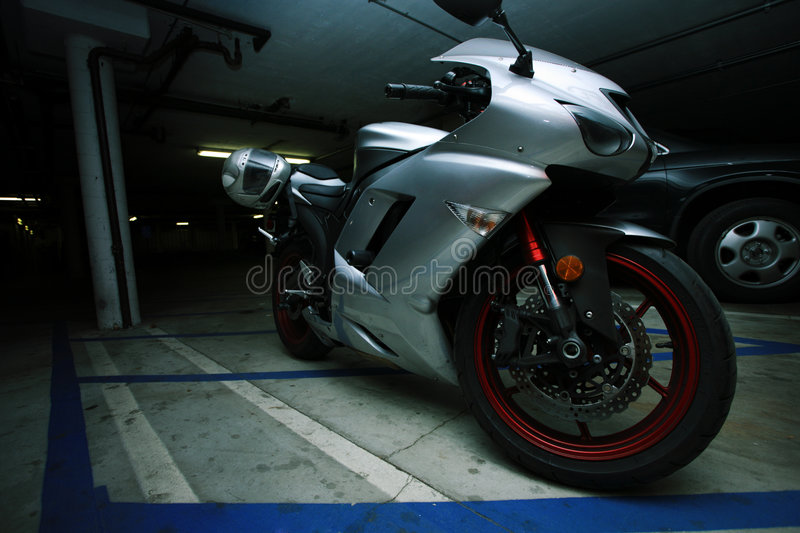 Download Motorcycle Royalty Free Stock Images - Image: 8015769