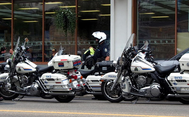 Download Motorcycle Police In Edmonton Editorial Stock Photo - Image: 33612048
